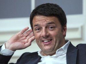 """Movimento 5 Stelle News: """"Matteo Renzi mente"""": gli sms tra il sindaco di Firenze e una giornalista"""