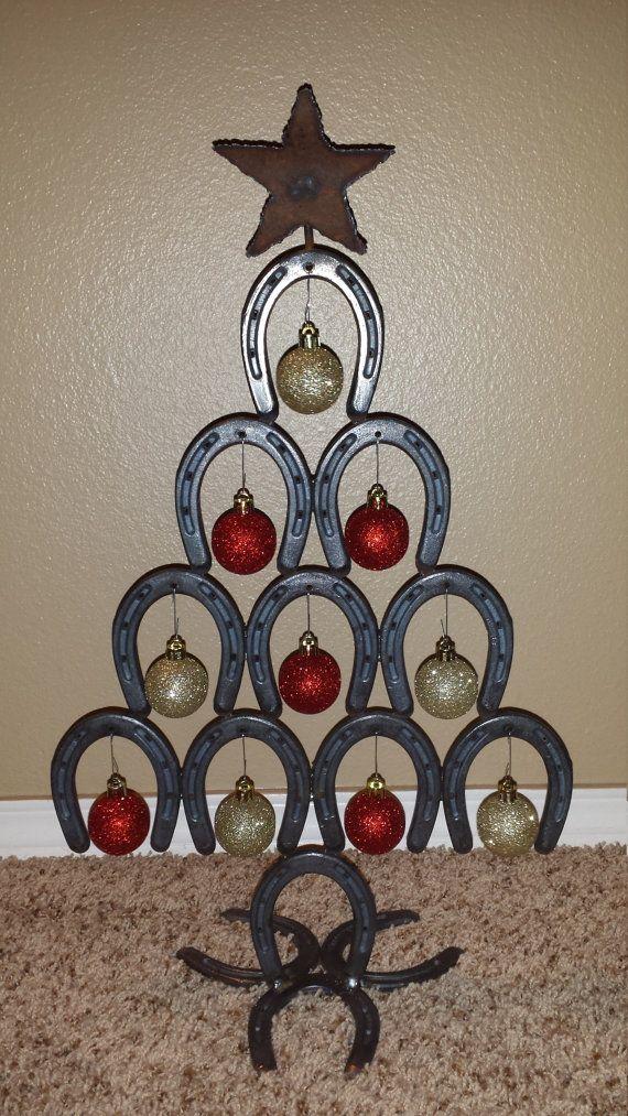 Best 20 horseshoe christmas tree ideas on pinterest for Christmas tree made out of horseshoes