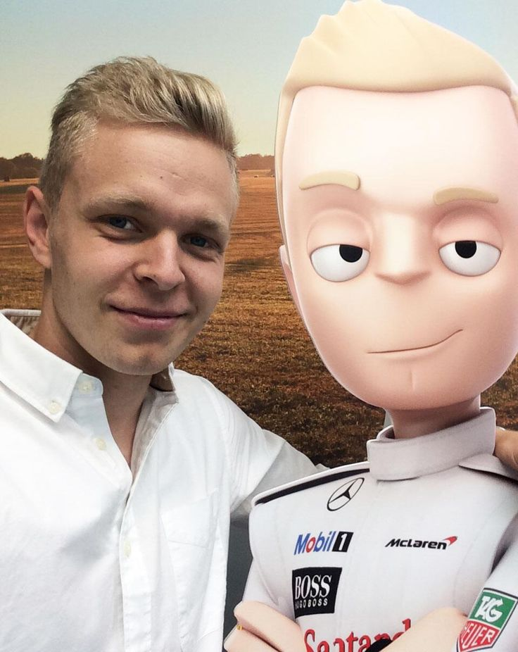 Kevin Magnussen with his Tooned-self