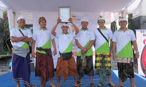 1st Winner Penjor Competition with Certificate
