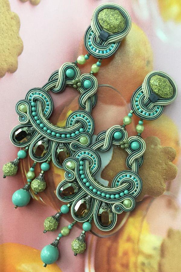 Esprit chandelier earrings are now 50% off on our site!   #doricsengeri #couturejewelry #statementearrings #chandelierearrings #specialoffer