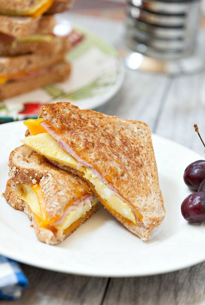 Ham, Egg & Cheese Melt - Healthy fun breakfast you can make ahead and freeze