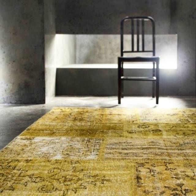 A unique union between #traditional patterns and #contemporary colors make #Harvest by @stepevicarpets a versatile and timeless fashion for your floor.  You can find #Stepevi rugs and carpets collection at MOIE.