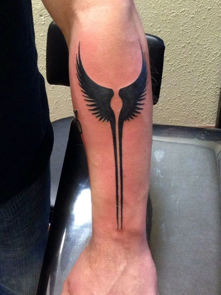 Anthony did a fantastic piece of Valkyrie wings from the movie Max Payne! Come in and get a tattoo from our amazing cast of artists! Remember we have gift certificates for your loved ones birthdays, anniversaries, promotions and graduations!! Alice/apprentice #etc #e_t_c #emeraldtattoo #lodi #stockton #galt