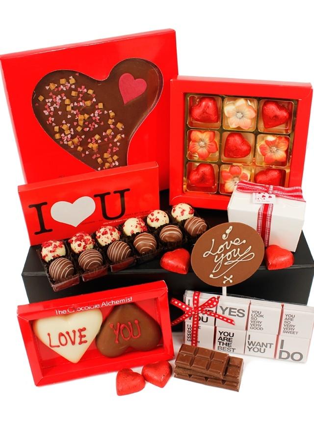 Liasons Chocolate Hamper, treat someone special this Valentine's Day www.eden4chocolates.co.uk