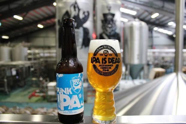Excellent to see our friends BrewDog using our glassware for their Punk IPA.  アメリカにおいて今注目を集めるスタイルのビールIPA。このスタイルをリードするブルワー「ドッグフィッシュ・ヘッド」のサム・カラジオーネ、「シエラ・ネヴァダ」のケン・グロッスマンと共に様々なグラス形状でテイスティングを繰り返し、飲み物の個性を最大限に引き出す形状を探し出すプロセス『ワークショップ』を通じて開発されたグラスです。