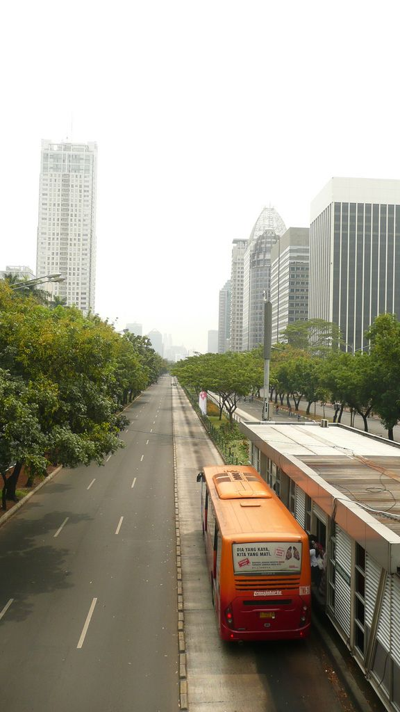 Transjakarta bus and not a single car | Image Finder, Flickr Search Engine