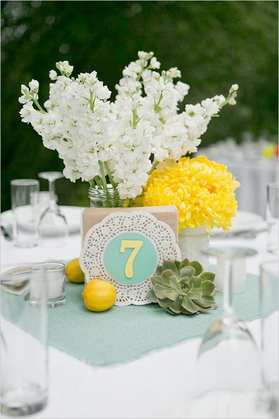 doily and burlap centerpiece | mint and yellow wedding | outdoor reception | #weddingchicks