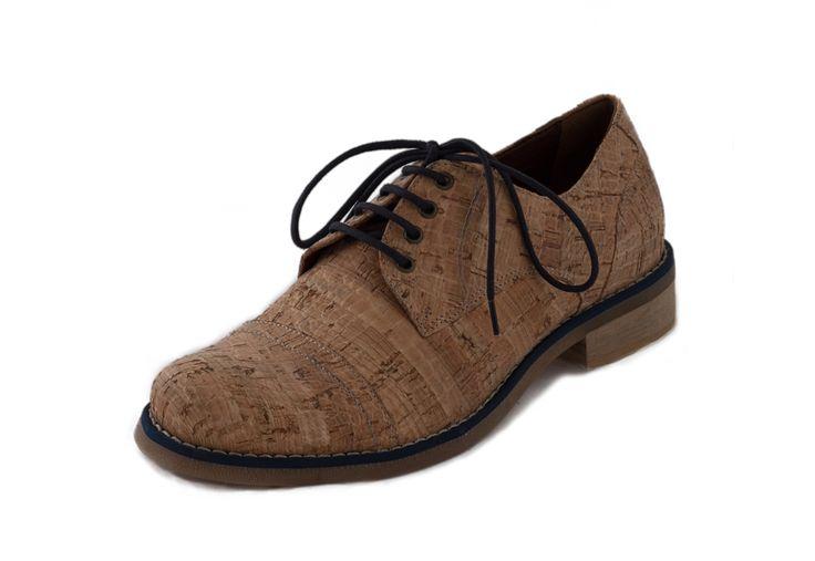 Vegetarische en ecologische oxford schoenen in kurk van NAE (No Animal Exploitation). Gemaakt in Portugal met ecologische materialen en 100% veganistisch.