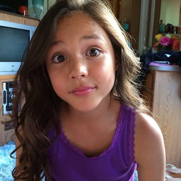 111 best breanna yde images on pinterest celebs idol and max charles breanna yde altavistaventures Image collections