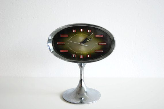 Retro+space+age+alarm+clock+by+2+Jewels+by+RainbowsandBubbles,+€58.00