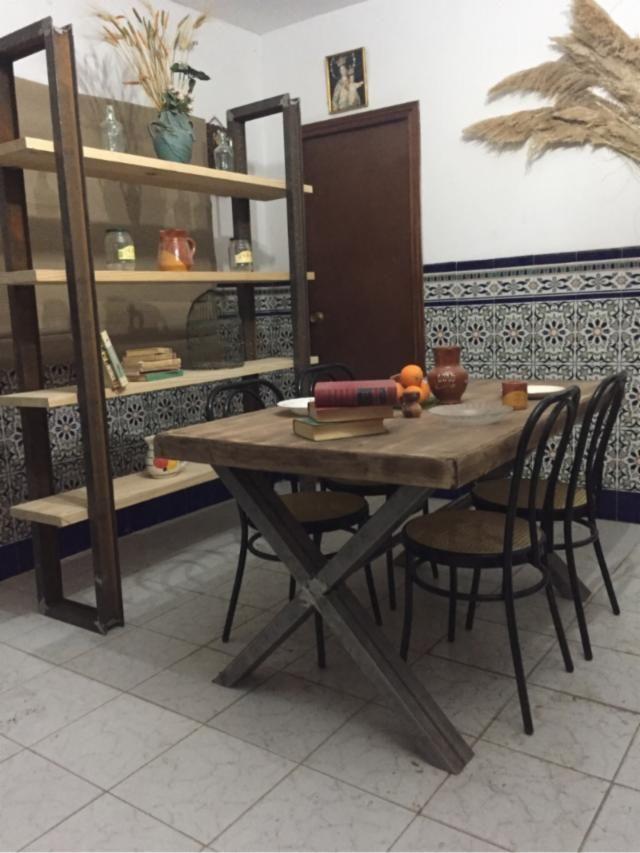 Mesa Estilo Industrial Retro Vintage Urbano De Segunda Mano En Madrid Wallapop Estilo Industrial Decoracion Hogar Estilo