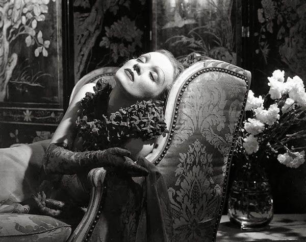 Edward STEICHEN :: Marlene Dietrich, 1932
