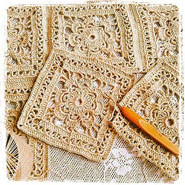 Snowflakes free vintage crochet patterns - Lace Crochet Squares Motivos Al Crochet Pinterest