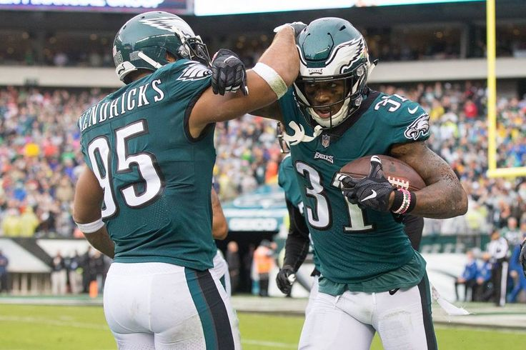 Updated NFC East Standings:  Eagles: 7-1 (76) Cowboys: 4-3 (37) Redskins: 3-4 (-20) Giants: 1-6 (-44) ( or - equals point differential) - - - - - ---------------------------------------------- #EaglesNation #FlyEaglesFly #GoEagles #PhiladelphiaEagles #Eagles #GoBirds #Philly #Philadelphia #BleedGreen #WeBleedGreen #NFL #BirdGang #EaglesNest #EaglesEverything #EaglesFootball