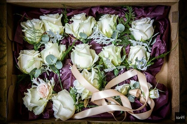 All ready for the bridal party on the beach, from @arcadeflowers
