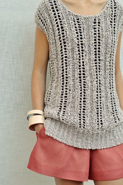 crochet short sleeved top