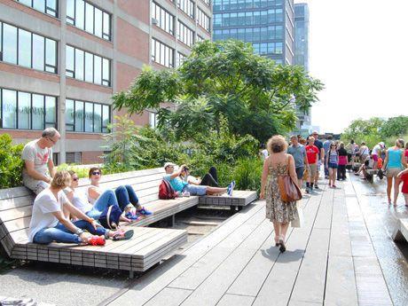 ニューヨーカーの憩いの場「ハイライン」-夏季限定イベント開催も