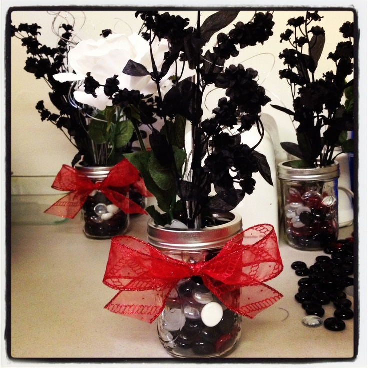Centerpieces I made for my wedding . :0) simple meets elegant.