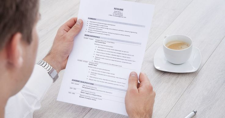 Como citar o trabalho autônomo no currículo. A experiência do trabalho autônomo pode aprimorar seu currículo, quer você esteja procurando por um emprego regular, quer esteja procurando por novos clientes para o seu negócio. De modo geral, você dará aos cargos para autônomos as mesmas informações que daria para cargos em outras empresas. Onde você deve colocar as informações no seu documento ...