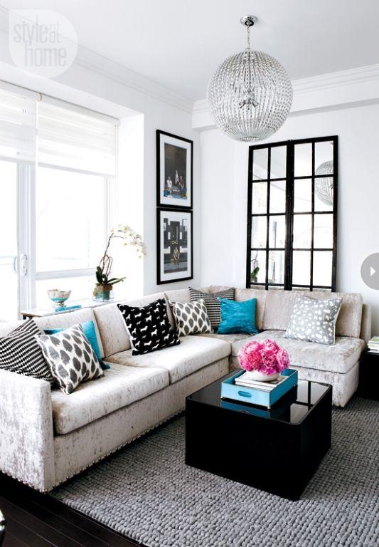 Castello 120, living room mesa negra