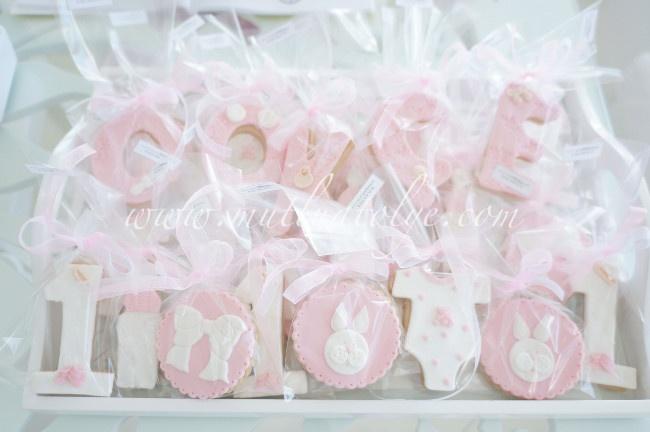Butik bebek kurabiyesi, kız çocuklar için kurabiye, butik kurabiye, kurabiye, , kız, kız bebek, bebek, doğum, mevlüt, baby shower, bebekler için, kız çocuk, çocuklar için, kişiye özel, tasarım, doğum günü, doğumgünü, yaş günü, 1 yaş, tavsan, body, biberon, fiyonklu, 1 sekilli