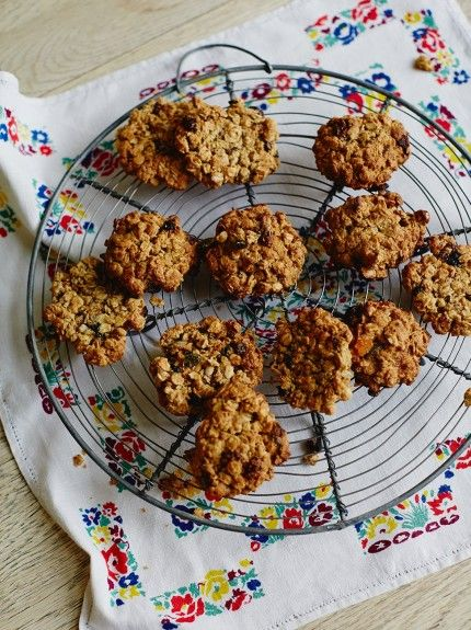 Jools' Easy Oaty Fruit Cookies | Fruit Recipes | Jamie Oliver