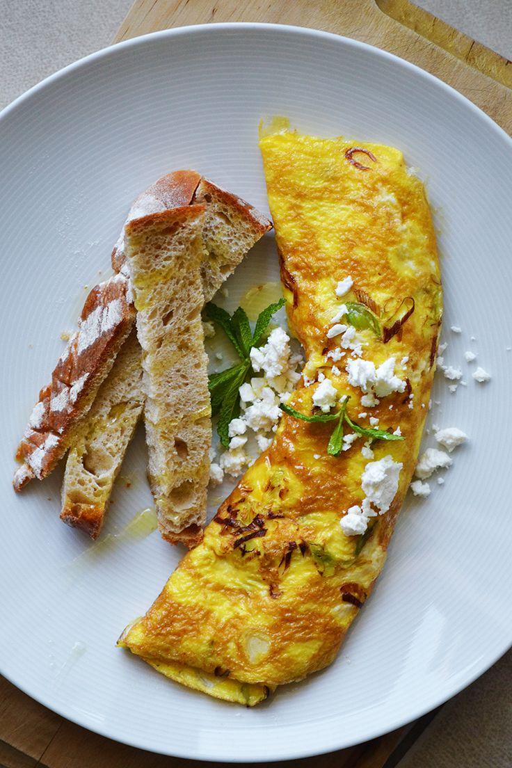 feta, mint & spring onion omelette