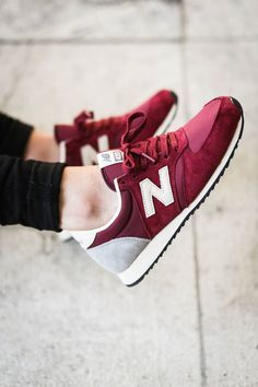NB U420 SRDR Sexy red and gray collab of colour, @rowesyx footwearrowe will inspire your toes, ankles and knee. If you are lucky not so much your wallet.