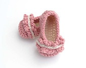 Baby booties - girls ruffle ballet flat - rose pink baby booties - infant booties  - children clothing - 0-6 and 6-12 months - Any colorRuffles Ballet, Baby Booty, Crochet Slippers, Flats Booty, Baby Booties, Baby Girls, Ballet Flats, Children Clothing, Girls Booty