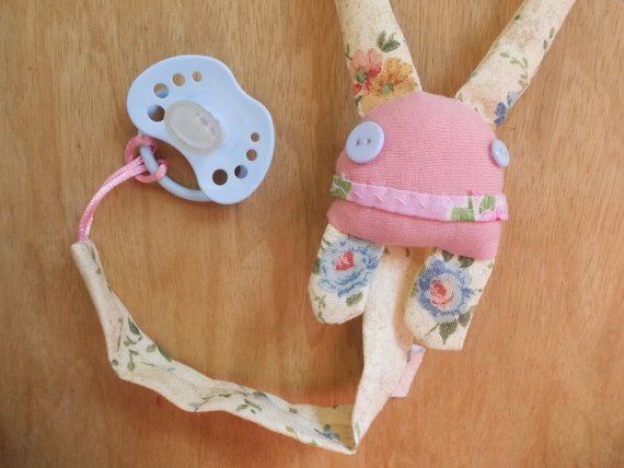 Follow us at www.zezling.com or www.facebook.com/we.are.zezling  Pacifier Clip / Holder for cute babies  ZUPETA  Pink by Zezling, €7.00