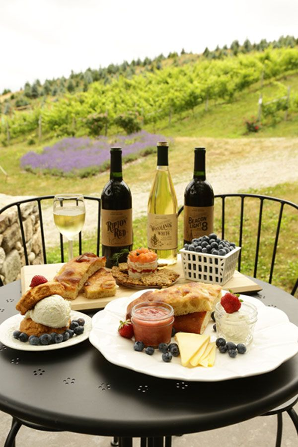 21 Destination Connecticut Wineries with Great Dining Options - The Connecticut Table - July 2016