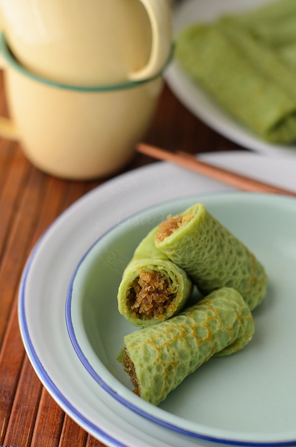 Kuih Ketayap or Sweet coconut crêpe recipe with 'How to' video. Kuih Ketayap or Sweet coconut crêpe is a Malaysian sweet treat that can be enjoyed either for breakfast, afternoon tea or as dessert.