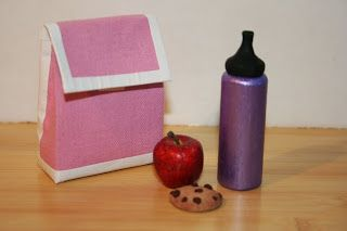 Arts and Crafts for your American Girl Doll: Lunch bag for American Girl Doll (uses fabric scrap and duct tape)