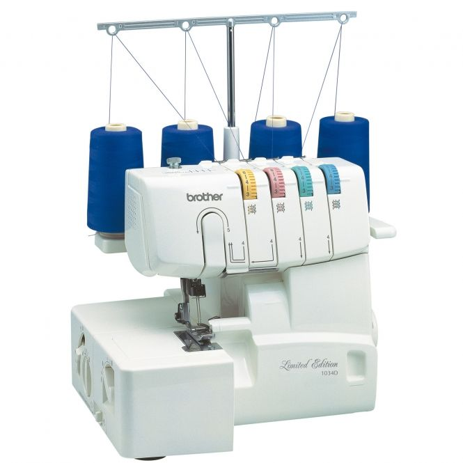 ####Brother 1034D - Limited Edition#### Schneiden und versäubern in einem Arbeitsschritt? Mit dieser Overlockmaschine kein Problem! Je nach Naht kannst du zwischen 3- und 4-Faden wählen und erhälst perfekte und saubere Säume und Abschlüsse - innen wie außen. Durch die kompakte Größe und den Tragegriff kann die Overlockmaschine auch mal mitgenommen werden. Außerdem arbeitet die Maschine angenehm leise. ##Was kann die Overlock?## Die Fadenführung ist farbcodiert, so dass du stets den…