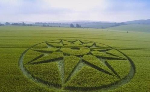 Um dos Últimos Crop Circles em Wiltshire, Reino Unido representa uma estrela de nêutrons?