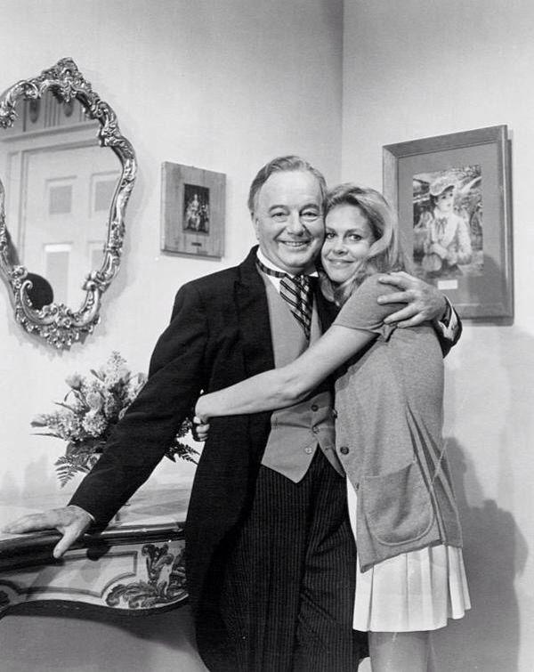 Elizabeth Montgomery And Maurice Evans Elizabeth