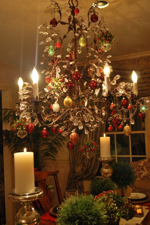 Dina Manzo - decorated chandelier