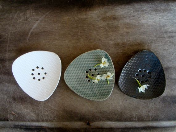 Ceramic Soap Dish, Black Ceramic Soap Dish, Pottery Soap Dish, Dots patterned, Draining Soap Dish, Soap Holder  This unique Black Ceramic soap dish made of White clay and glazed with a shiny black color. There is a dots patterned on top,and drain holes   Size is 5.2 X 5  Item may vary slightly from images, each piece is one of a kind.  *READY TO SHIP!  *This ceramic dishes are available in different color variations in my Etsy shop.  *They are food safe, dishwasher and microwave safe…