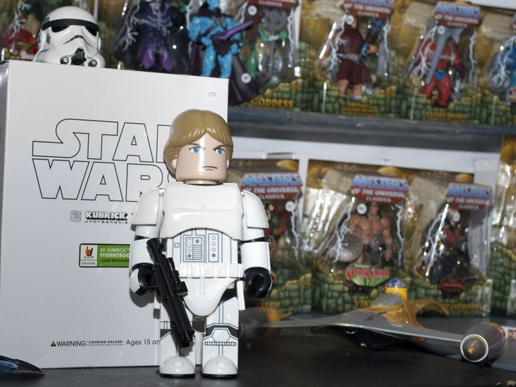 Star Wars action figures and lego