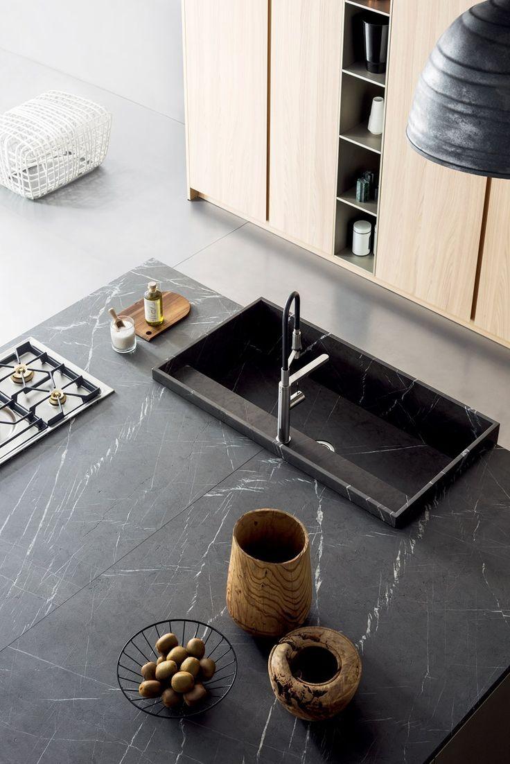 Kitchen with island T45   Kitchen by TM Italia Cucine