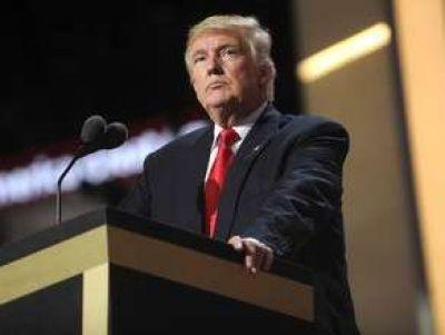 """ABŞ prezidenti Donald Tramp cümə günü bildirib ki, Rusiyaya qarşı tətbiq olunan sanksiyalar barədə danışmaq hələ ki, tezdir. """"Report"""" xəbər verir ki,..."""