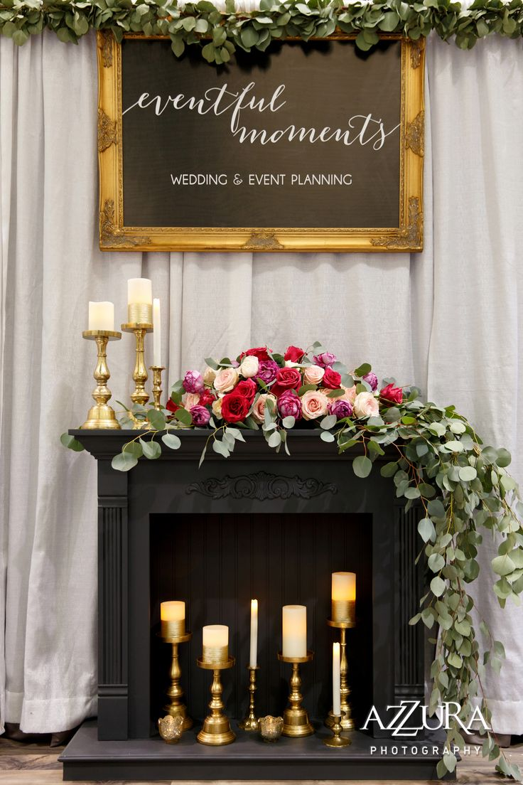 Seattle Wedding Show '16 | Photo by: Azzura Photography | Wedding Show | Wedding Show Booth | Engaged | Grey | Gold | Fuchsia