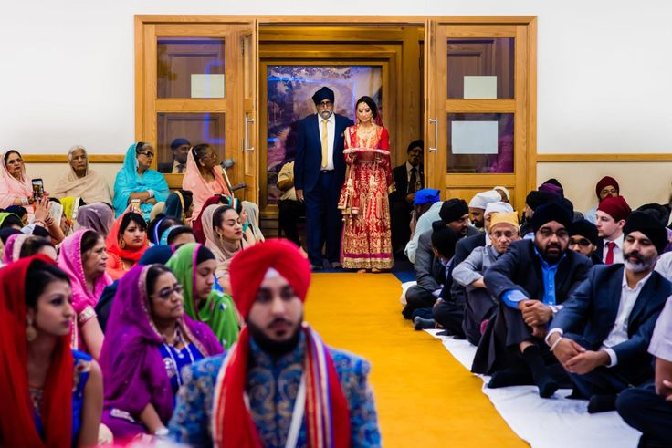 Why choose Sikh Wedding Photography: Know everything related to the photography  UK's London is a city that is popular for the growing population of Sikh. There is indeed a part of the city that has a locality that resembles a city in Punjab owing to so many similarities in the life of Sikh in London and Sikh in India and Punjab.  UK's London is a city that is popular for the growing population of Sikh. There is indeed a part of the city that has a locality that resembles a city in Punjab…