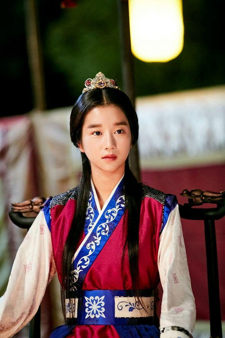 Seo yeji as Princess Sukmyeong will appear ep9 Hwarang still