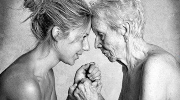 El recuerdo de las madres coraje huele al puro y sincero reflejo de los abrazos, de los corazones palpitantes, del crecimiento sin límite y de la superación