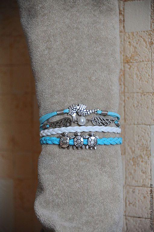 """Купить Браслет """"Морской"""" - бирюзовый, белый, браслет, многорядный браслет, кожаный браслет, замшевый браслет"""
