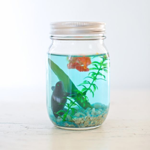 494 best jars jar lids images on pinterest crafts for Cool crafts for your room