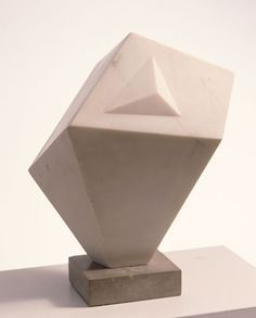Dame Jocelyn Barbara Hepworth.  See The Virtual Artist gallery: www.theartistobjective.com/gallery/index.com