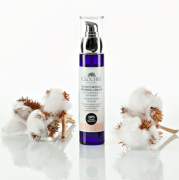 Cotton Seed Oil eliminate free radicals and regenerate the skin. It is recommend for allergy prone and aging skin types